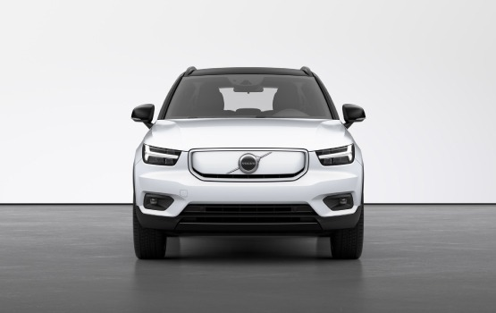 volvo-xc40-pure-electric-operational-lease-aanbieding-03